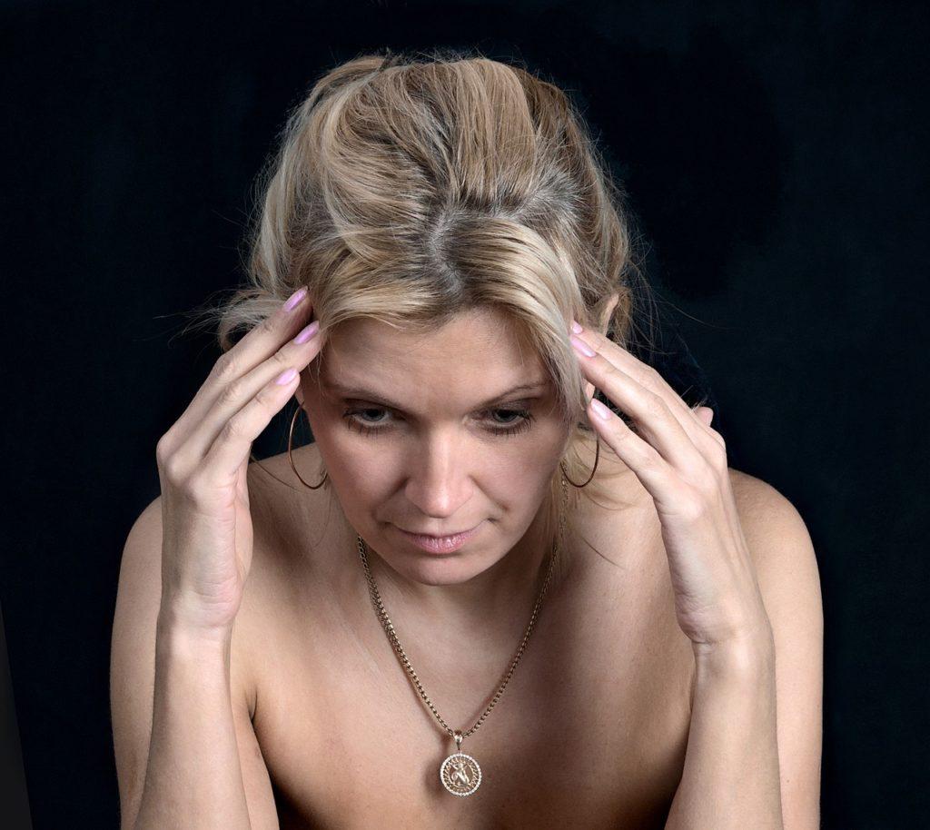 CBDが鍵になる?偏頭痛の対処方法まとめ